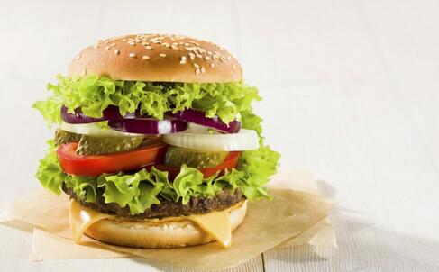 中产阶层最爱吃垃圾食品 垃圾食品有什么危害 垃圾食品的危害有哪些