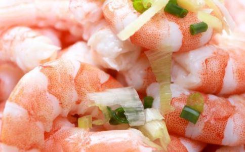 虾的哪些部位不能吃 吃虾要注意什么 吃虾有什么好处