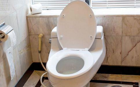 小伙两年没上厕所 什么是克隆氏病 克隆氏病的病因