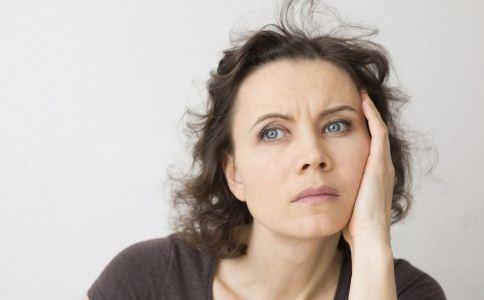 什么叫更年期综合症 如何治疗更年期综合症 治疗更年期综合症的方法