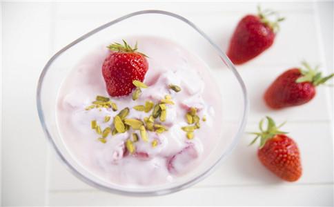 如何自制草莓酱 草莓酱有哪些做法 草莓有什么营养价值