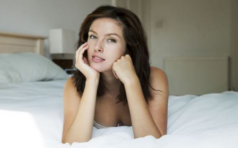 盆腔积液是盆腔炎吗 什么是生理性盆腔积液 生理性盆腔积液有哪些症状