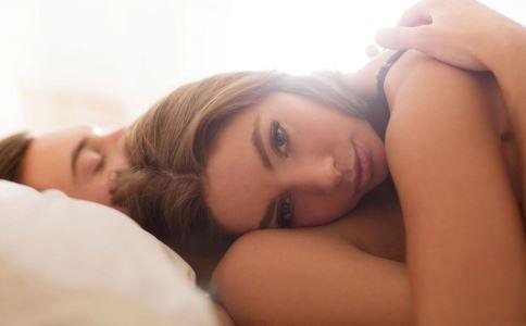 性欲低下咋办 如何提高性欲 提高性欲按摩哪里好