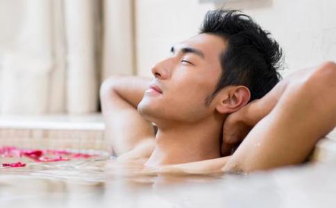 治疗前列腺炎的方法 热水坐浴能治疗前列腺炎吗 前列腺炎的护理方法