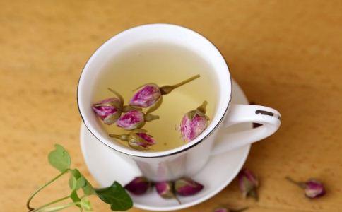 来例假能喝菊花茶吗 经期喝什么茶好 适合女人经期喝的茶饮