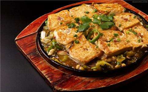 豆腐有哪些功效 女人吃豆腐有什么好处 家常豆腐有哪些做法