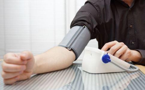 高血压怎么办 年轻人高血压怎么办 如何测量血压