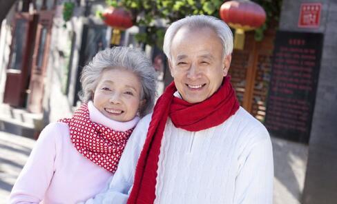 独身老人再婚难 老人再婚的心理是什么 老人再婚的意义