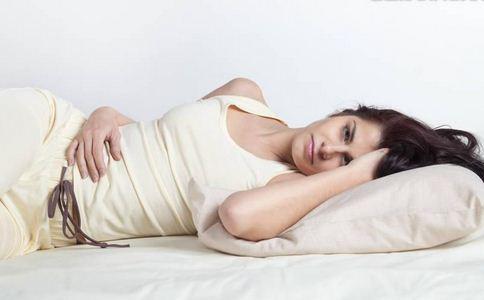 上班族如何预防颈椎病 上班族预防颈椎病的方法 颈椎病这么预防