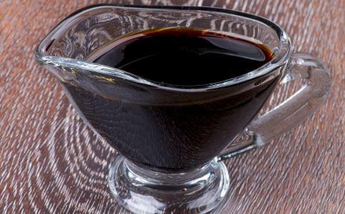 酱油有什么作用 酱油的功效有哪些 怎么购买酱油