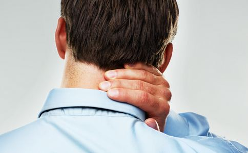 上班族男性久坐的危害 久坐有哪些坏处 上班族运动做什么动作