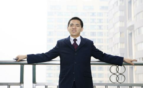 如何解决职场烦恼 职场烦恼怎么解决 解决职场烦恼的方法