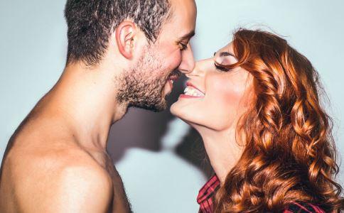 专家谈接吻感染艾滋病 艾滋病的感染率有多大 接吻会感染艾滋么