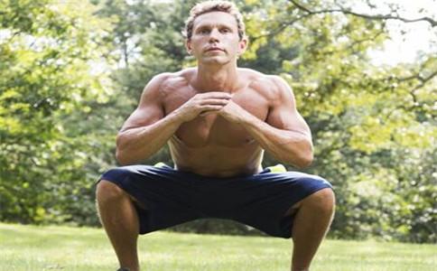 深蹲对前列腺有好处吗 深蹲对男性有什么好处 深蹲怎么做