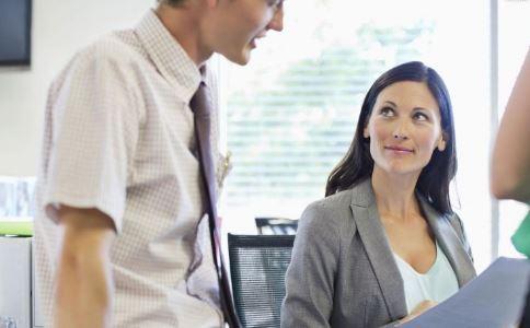 职场新人不能犯哪些错误 职场新人要注意哪些 职场新人不能做哪些事情