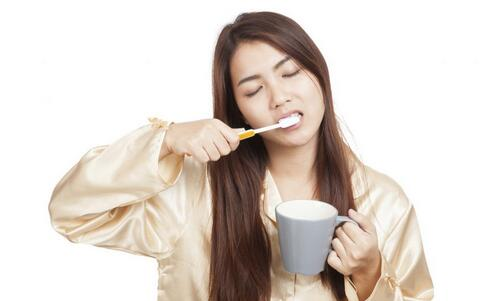 口腔溃疡的易患人群 如何预防口腔溃疡 口腔溃疡的预防方法