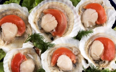 海鲜不能跟什么搭配吃 吃海鲜要注意什么 吃海鲜有什么好处