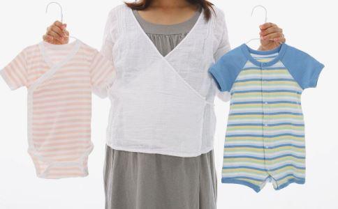 新生儿护理误区 新生儿常见护理 新生儿护理