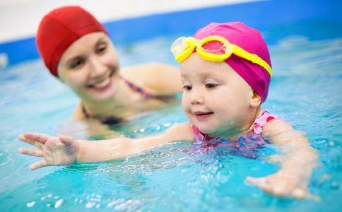 儿童水塘游泳溺亡 夏季如何预防溺水