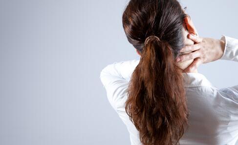 如何缓解颈椎病 颈椎病的缓解方法 怎么缓解颈椎病