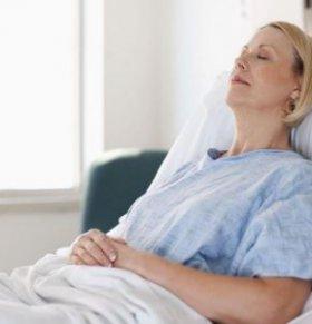 肺癌头晕出虚汗怎么回事 癌症病人出虚汗怎么办 肺癌出虚汗有什么方法