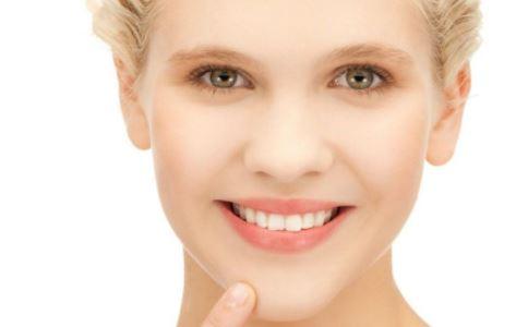 夏季如何护唇 唇部护理方法 夏天哪些方法能护唇