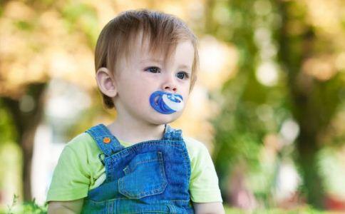 宝宝口水多怎么应对 预防宝宝流口水的方法 解决宝宝口水多的方法