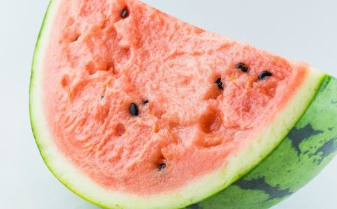 夏季补水吃什么水果好 西瓜是首选