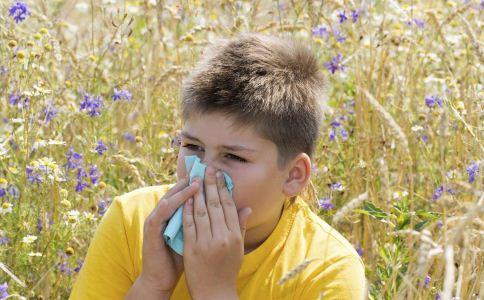 花粉过敏如何急救 花粉过敏怎么治疗 花粉过敏如何预防