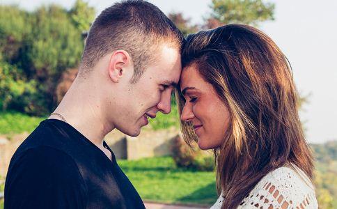 恋爱瓶颈期怎么办 恋爱瓶颈期如何处理 怎么维护感情