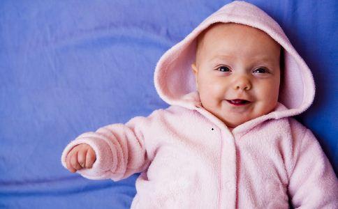 新生儿奶粉喂养表 新生儿奶粉喂养次数 新生儿奶粉喂养量