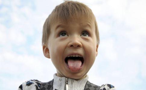 舌癌如何治疗 舌癌有什么治疗方法 哪些人会得舌癌
