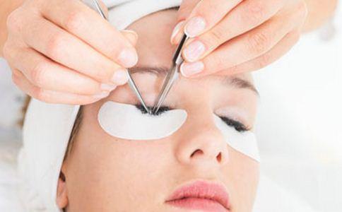 眼袋怎么消除 眼部肌肤怎么护理 护理眼部肌肤的方法