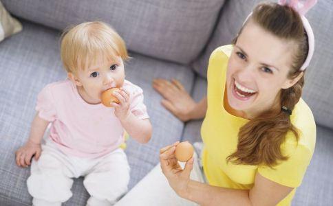 哪些食物会引起婴儿湿疹 婴儿湿疹如何护理 婴儿湿疹怎么办