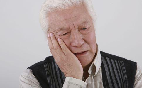 高血压老人需要做什么体检 高血压老人体检的方法 高血压的体检方法