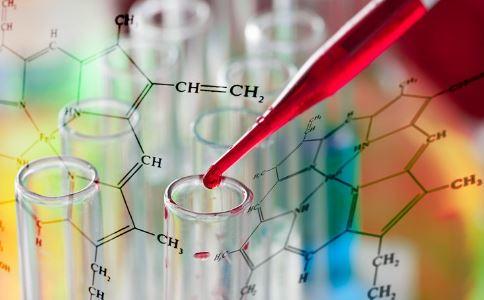 儿童发烧为何要检查血常规 如何看待孩子化验单 儿童和成人检验有哪些差异