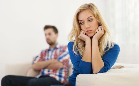在交往中男人不喜欢什么样的女人 男人不喜欢女人哪些行为 交往中不喜欢女人什么行为