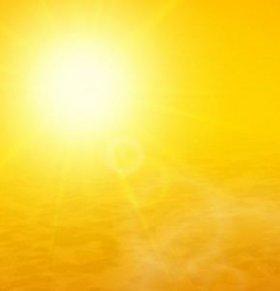 9省市发布高温预警 预防中暑多喝双花茶