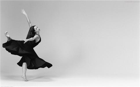 怎么学跳民族舞 民族舞基本功有哪些 民族舞有什么特点
