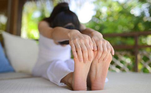 香港女星大秀瑜伽 女性瑜伽的好处是什么 女性练习瑜伽有哪些好处