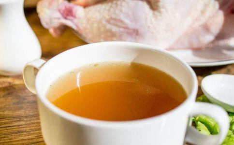 夏季喝什么茶好 夏季时候喝什么茶 夏季喝茶的禁忌