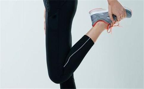 推荐两种快速拉筋法 拉筋对身体的益处