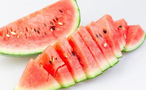 夏天防中暑吃什么好 西瓜是首选