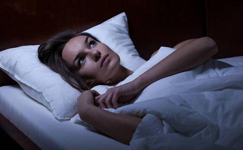 三伏天为什么容易失眠 三伏天失眠怎么办 三伏天失眠如何调理