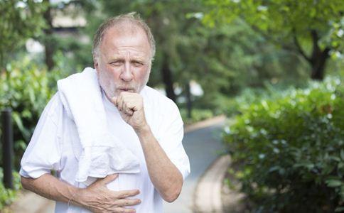夏天老人腹泻会引发心脏病吗 夏天老人要预防哪些疾病 老人夏天养生哪些疾病要注意