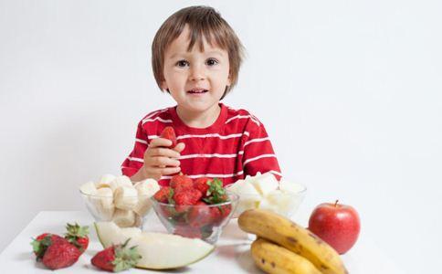 夏季儿童为什么容易发生过敏 夏季儿童过敏的类型有哪些 夏季儿童过敏怎么办