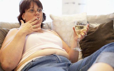 突然发胖怎么回事 突然肥胖什么原因 中医减肥方法有哪些
