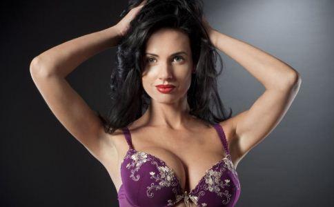 乳房变大的方法有哪些 女人如何让乳房变大 吃什么让乳房变大