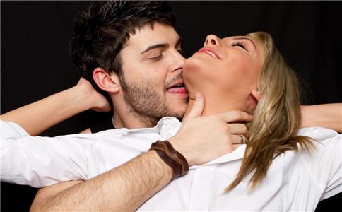 生殖器疱疹接吻传染 生殖器疱疹是怎么传染 什么原因引起生殖器疱疹