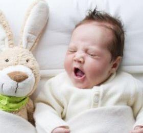 婴儿不喝奶粉怎么办?12个妙招让宝宝爱上喝奶